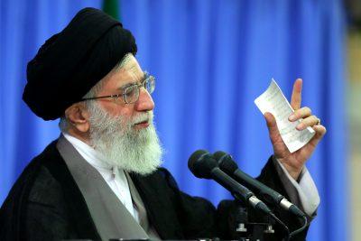 رهبر انقلاب در خطبههای نماز عید فطر: