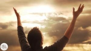 آیا اینکه شکرگزاری موجب طول عمر میشود در روایتی معتبر آمده است؟